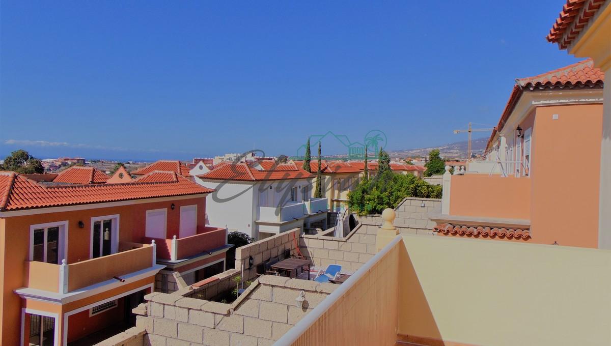 Casa pareada de 5 dormitorios en El Madroñal, Costa Adeje