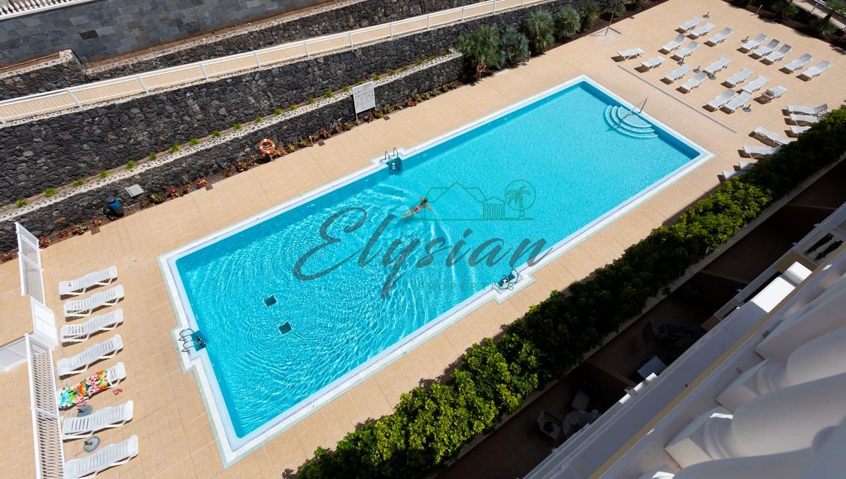 Promoción de varios apartamentos de 2 dormitorios en Complejo Primavera, Palm-Mar