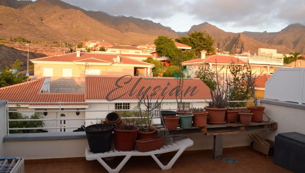 Acogedor chalet adosado de 3 dormitorios en Los Olivos, Adeje