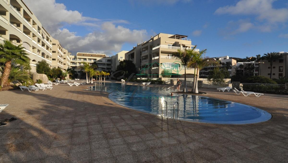 Magnifico dúplexde dos dormitorios enla urbanización San RemoPalm-Mar de Tenerife.